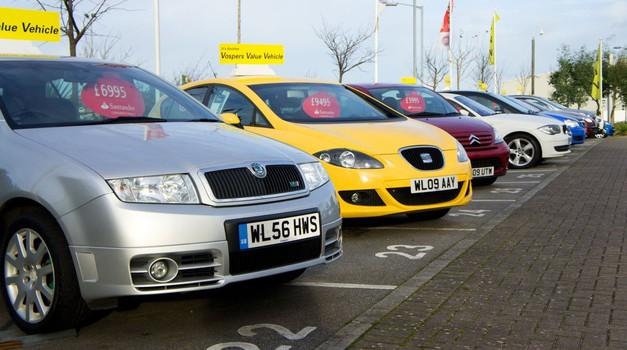 Pred nakupom avtomobila:  Nov ali rabljen? (foto: Profimedia)