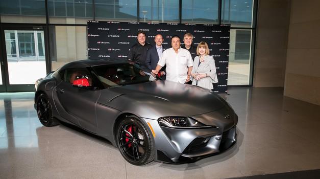 Prva Toyota Supra prodana za 2,1 milijona dolarjev (foto: Toyota)