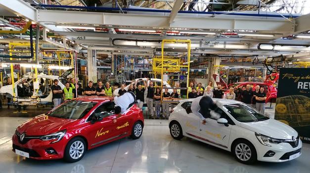 Prvi novi Renault Clio 5 zapeljal iz Revoza (foto: Dušan Lukič)