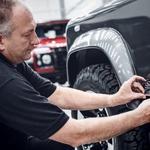Land Rover še ni pozabil na Defenderja prejšnje generacije (foto: Land Rover)