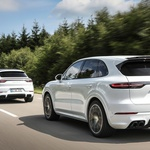 Porsche Cayenne dobiva novo najmočnejšo izvedbo (foto: Porsche)