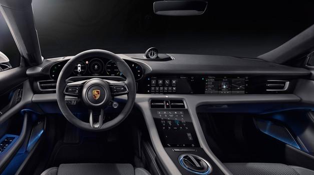 Porsche Taycan predčasno razkrit - a le notranjost (foto: Porsche)