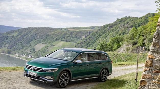 Volkswagen Passat in Passat GTE - Več je bolje (foto: Vw)