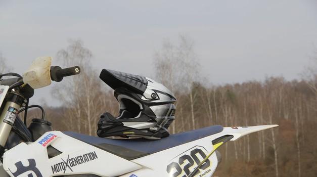 Motokros čelada Shoei VFX-WR skozi sezono (foto: Jaka Završan)