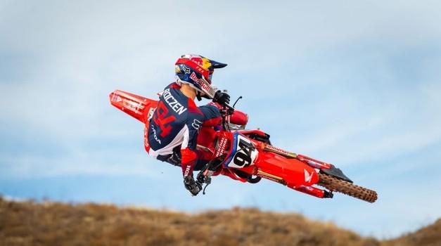 Monster Energy Supercross: zgodovinski povratek Roczna (video) (foto: Honda)