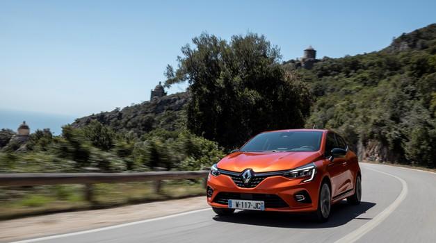 Prodaja novih avtomobilov v Sloveniji: Pregled po razredih (foto: Renault)