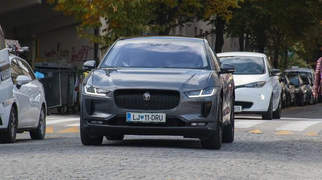 Konec spodbud za priključne hibride, znatno zmanjšanje za električne avtomobile (foto: Jure Šujica)